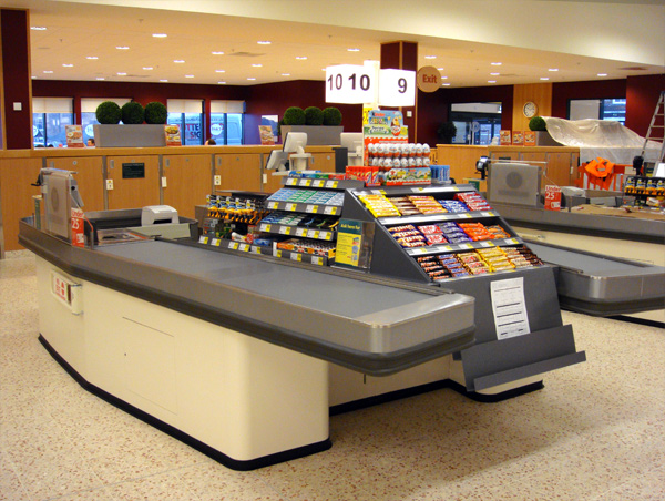 The Difference Between Motorized Checkout Counter and Express Checkout Counter